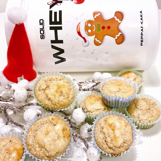 Gingerbread mini protein cupcakes